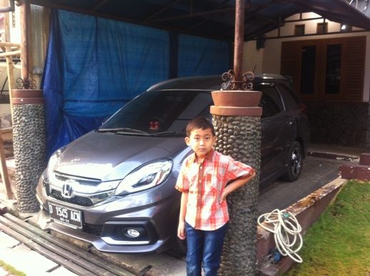 Review Mobil Honda Mobilio-RS by Me :)